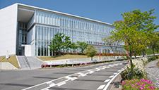 附属学術研究支援センター