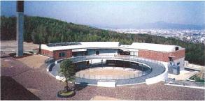 桂キャンパス福利・保健管理棟
